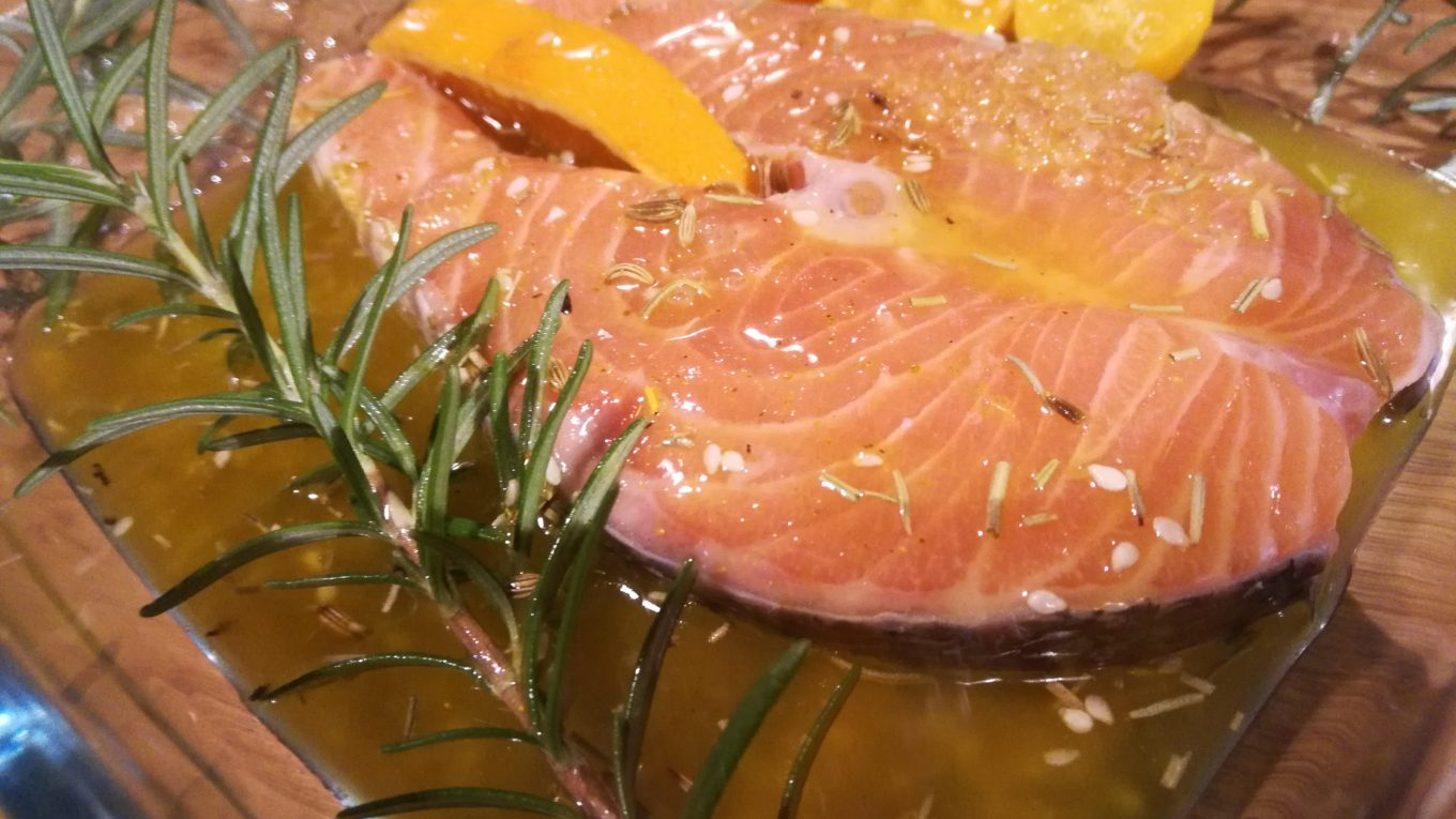 Salmone Marinato Arancia e Curry